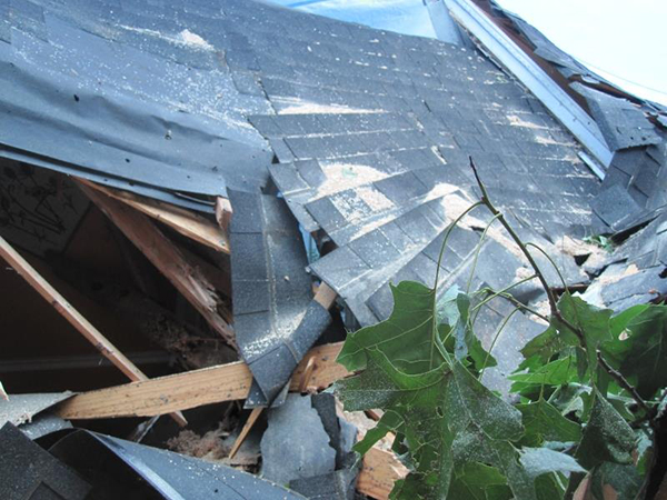 Post Storm Roof Safety Tips